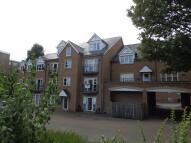 Flat to rent in POPPY FIELDS...