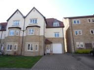 Town House to rent in MICKLETHWAITE GROVE...