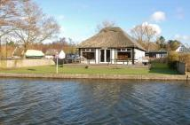 4 bedroom Detached Bungalow in Horning