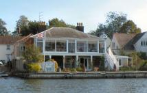 Detached property in Horning