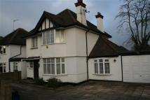 3 bed Detached property to rent in Greenfield Gardens NW2...