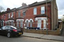 2 bed Apartment to rent in Ravenshurst Avenue, NW4...