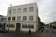 2 bed Flat to rent in Church Road Nw4, Hendon