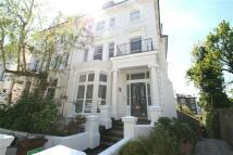 Studio flat in Belsize Park Gardens Nw3...