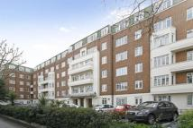 Flat in Pembroke Road, London, W8