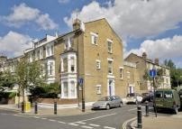 Flat in Lena Gardens, London, W6