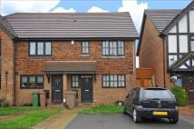 3 bedroom home in Saffron Close, Croydon...