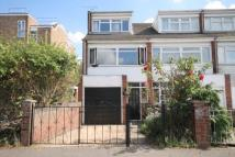 3 bed home in Cromwell Road, Croydon...