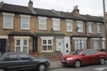 Terraced house to rent in Gloucester Road, Croydon...