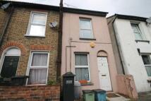2 bedroom home in Bourne Street, Croydon...