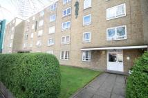 Flat to rent in Altyre Road, Croydon, CR0