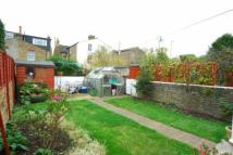 Bungalow to rent in Waldeck Road, Ealing...