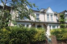 2 bedroom Flat in Hastings Road, Ealing...