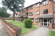 2 bedroom Flat in Park View Road, Ealing...