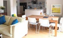 Flat to rent in Mount Avenue, London...