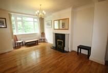 2 bedroom Flat to rent in Argyle Road, Ealing...