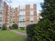 2 bed Flat to rent in Culmington Road, Ealing...