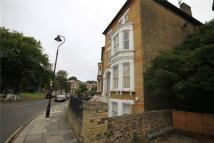 2 bedroom Apartment in Grange Park, Ealing...