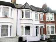 Flat to rent in Atheldene Road...