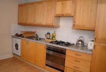 Flat to rent in Magdalen Road...