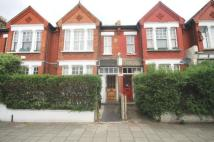 Flat to rent in Earlsfield Road...