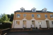 3 bedroom house in Cavalry Gardens, Putney...
