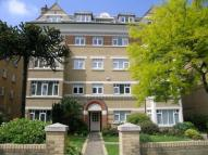 2 bed Flat to rent in Keswick Road, Putney...