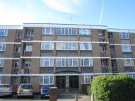 Keswick Road Flat to rent