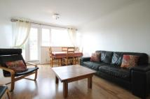 3 bedroom Flat to rent in Putney Hill, Putney, SW15