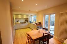 2 bed Flat in Fawe Park Road, Putney...