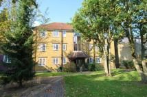 Flat to rent in Frogmore, Wandsworth...