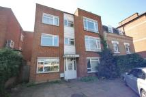 4 bedroom house to rent in Upper Richmond Road...