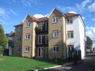 1 bedroom Flat in Gresham Road, Staines...