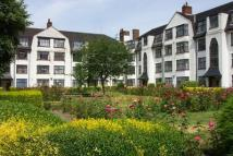 2 bedroom Flat to rent in Leigham Court Road...