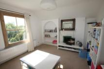 Flat to rent in Tooting Bec Gardens...