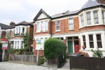 3 bed Flat to rent in Harborough Road...