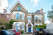 2 bedroom Flat in Palace Road, London, SW2