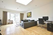 Flat to rent in Norbury Crescent, London...