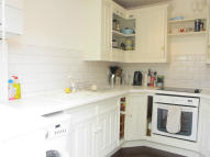 2 bed Town House to rent in Southey Road, London...