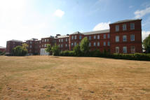 Flat to rent in Kingswood Place, Fareham...
