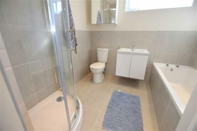 Bathroom (Ground Flo