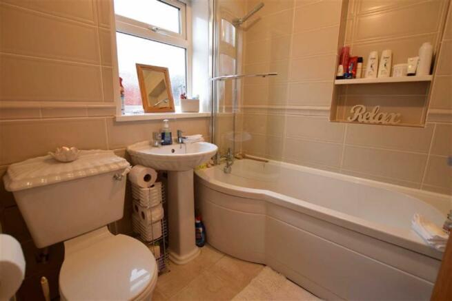Bathroom (Downstairs