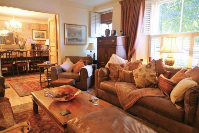 sitting room to dini