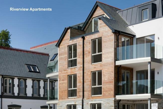 Riverview Apartments 3.jpg