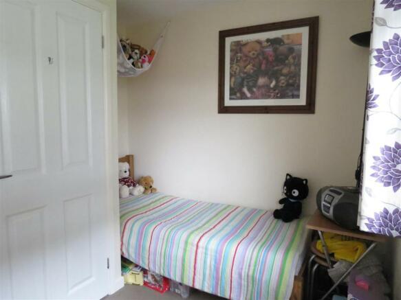 Bedroom: