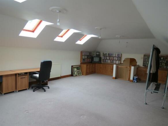 Garage Room: