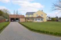 5 bedroom Detached property in Chilton Corner...