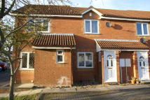 2 bed End of Terrace house for sale in Ormonds Close...