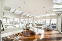 2 bed Penthouse for sale in Sheepcote Street...