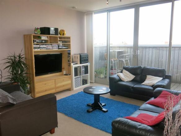 Living Area (2).JPG